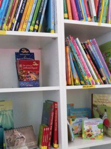 Bücherregale bei arsedition